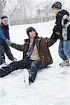 Fils père coup vers le haut hors glace