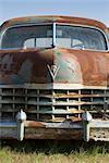 Gros plan d'une vieille voiture