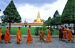 "Thailand, Bangkok, Grand Palace and emerald Buddha temple ""Wat Phra Keo"", Buddhist monks"