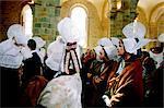 France, Normandie, Mont-Saint-Michel, festival, femmes en costume antique