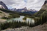 Vue d'ensemble de Mary Lake, Parc National Yoho, en Colombie-Britannique, Canada