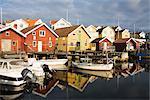 Angeln, Hütten und Boote am Hafen, Bohuslan, Schweden