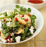 Birne, Pea und Feta-Salat