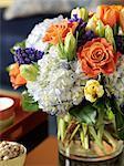 Arrangement floral sur la Table basse