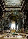 Statue de Bouddha à Ta Keo, Angkor, Cambodge