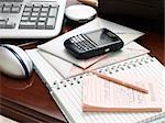 Desktop mit PDA, Journal und Message-Pad