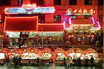 Occupé le marché de nuit et Restaurants, Wangfujing Dajie, marché de nuit de Donghuamen, Beijing, Chine