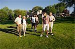 Menschen auf Golfplatz, Burlington, Ontario, Kanada