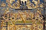 Ornate gate, Hampton Court Palace, Greater London, England, United Kingdom, Europe
