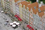 Dlugi Targ et le portail vert, Gdansk, Poméranie, Pologne, Europe