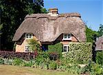 Chaumière, jardins de Furzey, Hampshire, Angleterre, Royaume-Uni, Europe