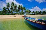 Plage déserte sur la côte sud, île de Phu Quoc, Vietnam