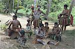 Femmes et enfants avec décoration de corps, fleuve Sepik, Papouasie Nouvelle-Guinée, Pacifique
