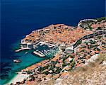 Élevé vue sur la vieille ville, patrimoine mondial de l'UNESCO Dubrovnik, Dalmatie, Dalmatie, Croatie, Europe