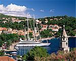 Vue surélevée de la vieille ville et du port, Cavtat, Dubrovnik Riviera, Dalmatie, Croatie, Europe