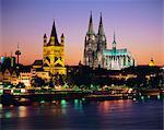 The Cathedral (Dom) and River Rhine, Cologne (Koln), North Rhine Westphalia, (Nordrhein-Westfalen), Germany, Europe