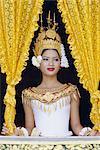 Porträt einer traditionellen kambodschanischen Tänzerin, Asien, Indochina, Angkor Wat, Siem Reap, Kambodscha