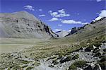 Chemin d'accès dans le canyon de Lha Chu, sur la kora, chemin tour de montagne sacrée pour les bouddhistes et les hindous, Mont Kailas (Kailash), Tibet, Chine, Asie