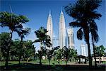 Petronas twin towers vues partir de parc public, Kuala Lumpur, Malaisie, Asie du sud-est, Asie