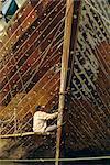 Constructeur de bateaux, Sunda Kelapa (Vieux Port), Jakarta (Djakarta), Java, Indonésie