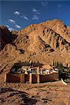 Luftaufnahme über St. Catherines Monastery, UNESCO Weltkulturerbe, Ägypten, Sinai, Nordafrika, Afrika
