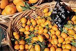 Kumquat en vente sur le marché en Cours Saleya, Nice, Alpes Maritimes, Provence, Côte d'Azur, France, Europe