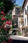 Tour de vue à l'église, Mourèze, Hérault, Languedoc-Roussillon, France, Europe