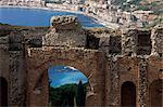 Teatro Greco, fondé au IIIe siècle av. j.-c., Taormina, Sicile, Italie, Europe