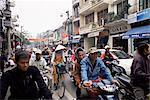Rue très fréquentée, Hanoi, Vietnam, Indochine, Asie du sud-est, Asie
