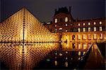MUSEE du Louvre et la Pyramide, Paris, France, Europe