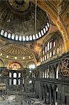Intérieur de Santa Sofia (Hagia Sophia) (Aya Sofya), Site du patrimoine mondial de l'UNESCO, Istanbul, Turquie, Europe, Eurasie