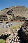 Pyramide de la 150AD de Sun, Teotihuacan, à 600AD et plus tard utilisé par les Aztèques, patrimoine mondial UNESCO, au nord de Mexico, au Mexique, en Amérique du Nord