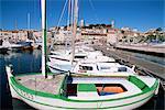 Le Suquet et port, vieille ville, Cannes, Alpes-Maritimes, Côte d'Azur, French Riviera, Provence, France, Méditerranée, Europe