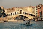 Pont du Rialto et le Grand Canal, Venise, UNESCO World Heritage Site, Veneto, Italie, Europe