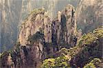 Roches et pins, nuage blanc scenic area, Huang Shan (montagne jaune), patrimoine mondial de l'UNESCO, la Province d'Anhui, Chine, Asie