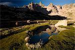 Cerro Catedral reflétée dans un tarn, Bariloche, Rio Negro, Argentine, Amérique du Sud