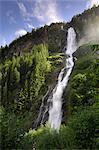 Stuibenfall, la plus haute cascade du Tyrol, la vallée de l'Ötztal, Tyrol, Autriche, Europe