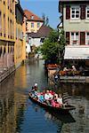Boat trip, Petite Venise (Little Venice), Colmar, Haut Rhin, Alsace, France, Europe