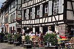 Restaurant, bâtiments de pans de bois, La Petite France, Strasbourg, Alsace, France, Europe