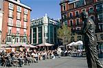 Federico Garcia Lorca statue, Plaza Santa Ana, Madrid, Spain, Europe