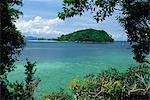 View from Pulau Manukan to Pulau Mamutik islands in Tunku Abdul Rahman Park, off Kota Kinabalu in Sabah, the north tip of Borneo, Malaysia, Southeast Asia, Asia