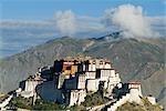 Palais du Potala, Lhassa, Tibet. 1694.