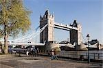 Tower Bridge, la Tamise, à Londres. Architecte : Horace Jones