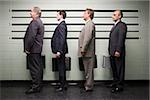 Hommes d'affaires en ligne