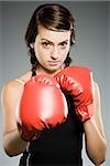 Closeup Teenager-Mädchen mit Boxhandschuhen