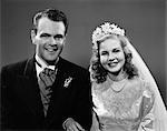 1940s PORTRAIT OF BRIDE & GROOM