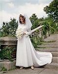 1980s BRIDE IN GARDEN