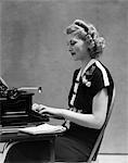 1940s WOMAN TYPEWRITER WORK SECRETARY SMILE