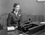 1940s WOMAN BUSINESS DESK TYPEWRITER
