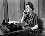 1940s WOMAN BUSINESS SECRETARY TELEPHONE TYPEWRITER